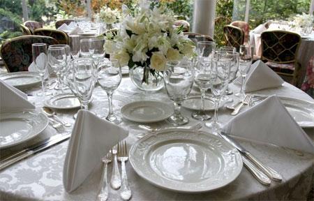 Bon ton a tavola - Apparecchiare la tavola galateo ...