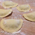 Ravioloni di patate e menta